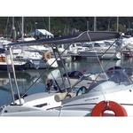 Bimini-Top Universal am Geräteträger in dunkelgrau, montiert auf einem Schlauchboot