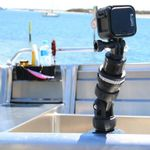 Railblaza Kamera Montage-Kit montiert auf einem Aluminiumboot