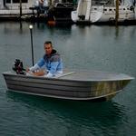 Railblaza Navipack Light montiert an einem Angelboot