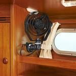 Railblaza StarPort E-Serie mit Kabeldurchführung in Kombination mit einem Ventilator