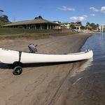Railblaza C-TUG Transportwagen / Slipwagen für Kayaks und Kanus beim Wassern