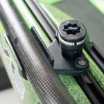Railblaza Quickgrip Paddel Clip zum Halten einer Schlauchleitung