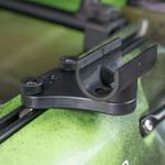 Railblaza Quickgrip Paddel Clip montiert auf einem Kayak