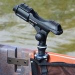 Railblaza Rod Holder II montiert auf einem Angelkajak