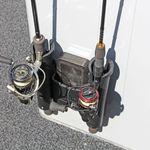 Railblaza Fishing Rod Stow Double Rutenhalter montiert an einer Bordwand