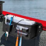 Railblaza TackleCaddy TracMount in schwarz montiert an einem Gunwale Schienensystem