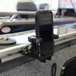 Railblaza TracLoader Gunnel Track zur Aufnehme einer Mobilgeräthalterung